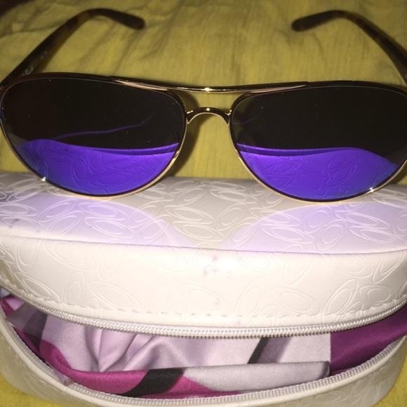 e0043d51a8a 😻💋Oakley Polarized Mirrored Sunglasses NWOT💋💋